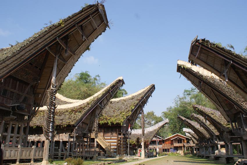 """Những điểm thăm quan hấp dẫn Không nên """"Bỏ Qua"""" ở Indonesia - LPH Travel"""
